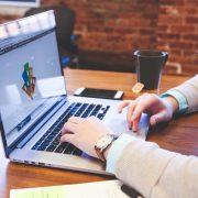 4 Pertimbangan Untuk Menggunakan Desainer Presentasi